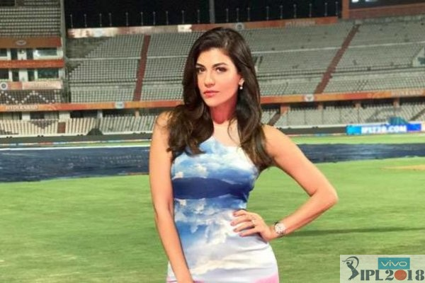 Top 10 Hot Female Anchors In IPL 2018